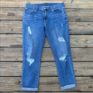 GAP | Destroyed cuffed crop best girlfriend jeans